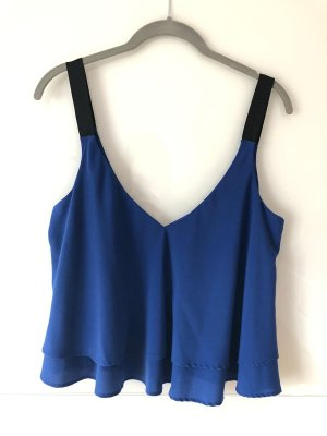 Blaues sommerliches Top