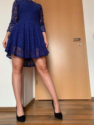 Blaues Spitzen Kleid