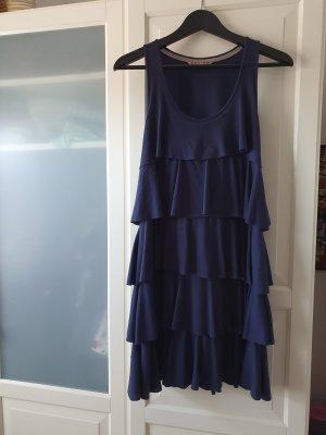 Blaues Stufenkleid