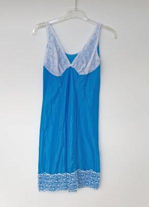 blaues Unterkleid mit weißer Spitze, Gr. 44