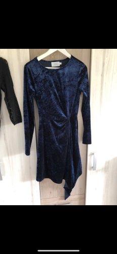 Blaues Velour nakd Kleid