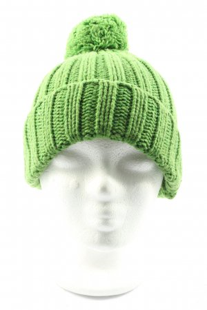 Blaumax Knitted Hat green cable stitch casual look