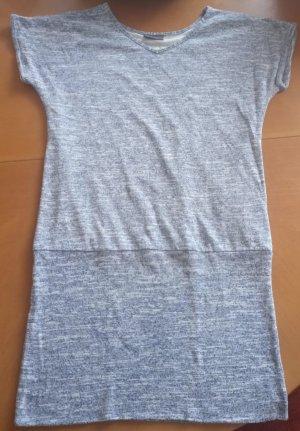 Blaumeliertes Kleid