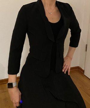 Carla G. Short Blazer black