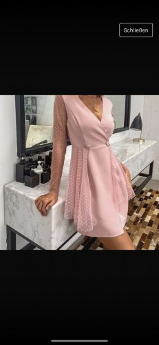 Sukienka płaszczowa różowy-różowy