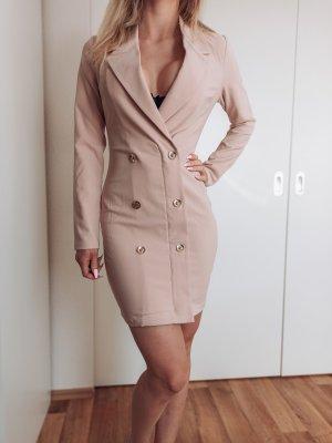 Blazer kleid nude FashionNova