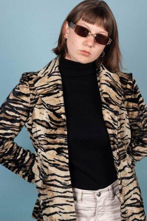 Blazer mit Tigerprint in M