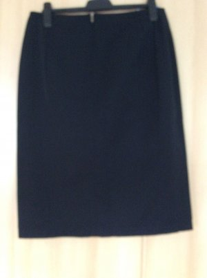 Verse Pencil Skirt black