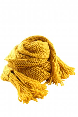 Blend Knitted Scarf primrose cable stitch casual look