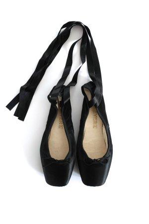 Bleyer Ballerinas with Toecap black