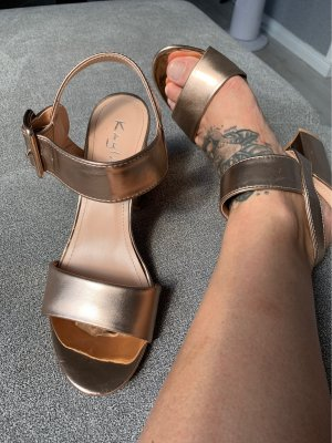 Strapped pumps rose-gold-coloured