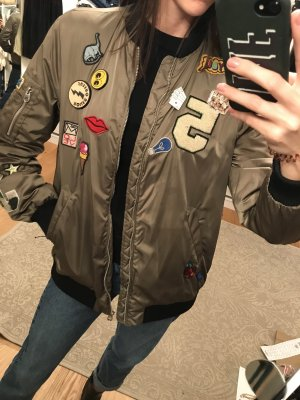 Blogger blouson jacket patches
