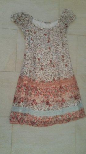 BLOGGER Carmen Empire Babydoll Kleid Kleidchen Blumen floral fit and flaire G 38
