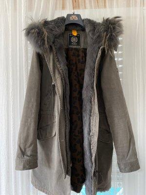 Blonde No. 8 Abrigo de piel gris oscuro-gris