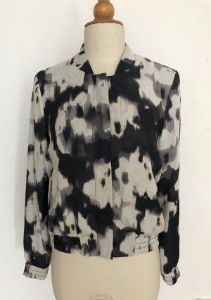 Blouson im Batik-Look von H&M