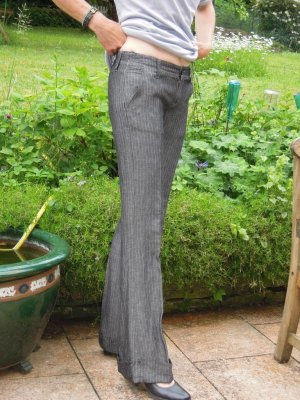 Blue Dandy Take Two Leinenhose Anthrazit Streifen Gr. S Gr. 27