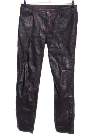Blue Fire pantalón de cintura baja lila-negro look casual