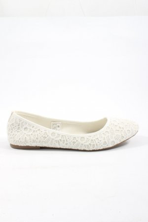 Blue Motion Ballerinas with Toecap white casual look
