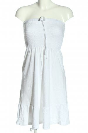 Blue Motion Off-The-Shoulder Dress white casual look