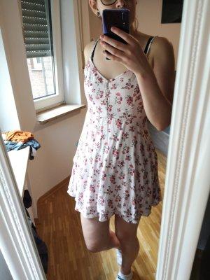 Blümchen hollister Kleid