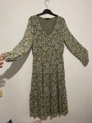 Blümchen Kleid Grün