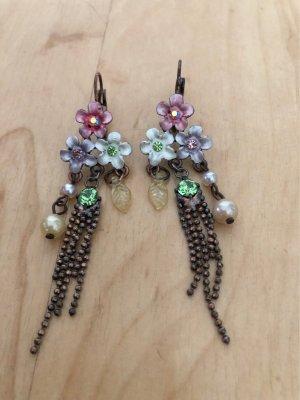 Blümchen Ohrringe mit leuchtenden Strass Steinchen