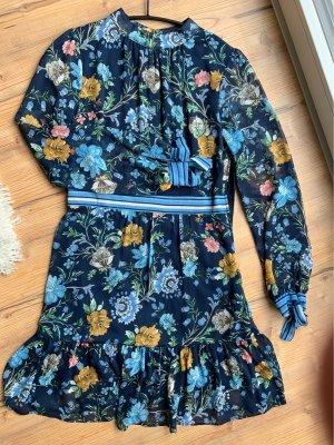 Blumiges Kleid mit transparenten Ärmeln