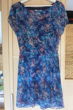 blumiges, leichtes Sommerkleid