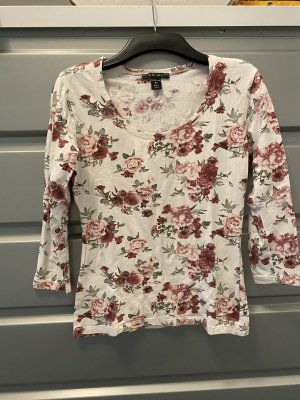 Blumiges Shirt