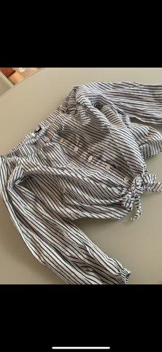H&M Blusa tipo Carmen gris claro-blanco