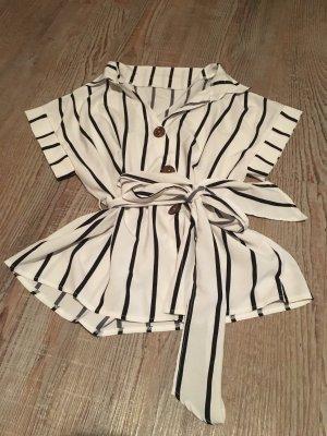 Short Sleeved Blouse black-white