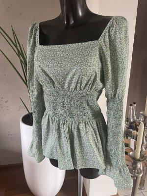 Bluse Grün/ geblümt- Gr. 36 von NA-KD