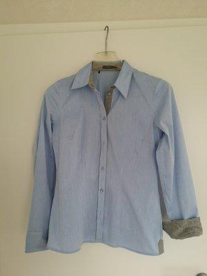 Bluse hellblau