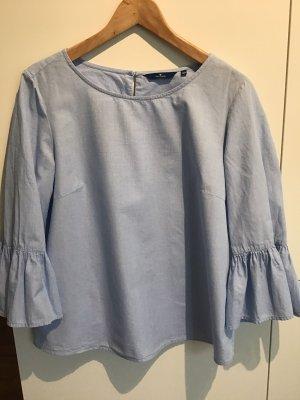 Bluse hellblau mit Volants