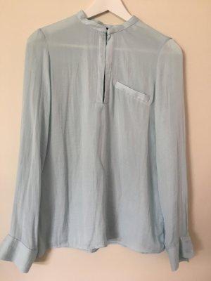 Bluse in einem hellen Blau-Türkiston