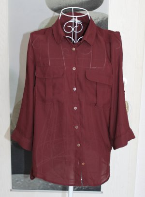 • Bluse in rot