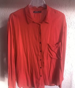 Bluse in Rot