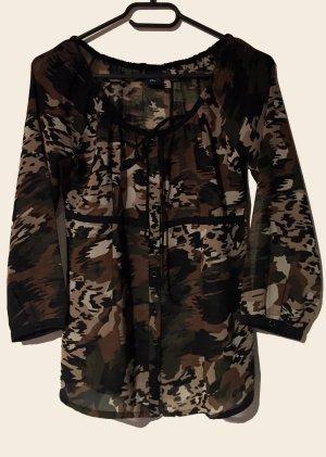 Bluse mit Army-Muster, durchsichtig, 3/4 ärmlig, U-Schnitt, Gr. S