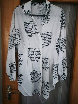 Bluse mit Aufschriften