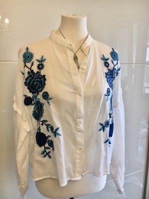 Bluse mit Blauen Blumen