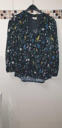 Bluse mit blümchenmuster