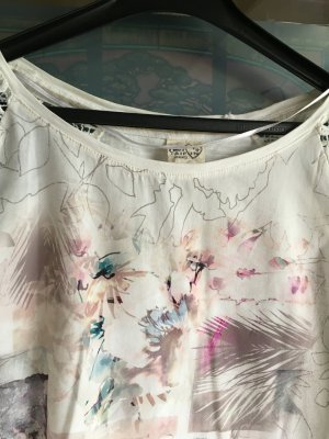Bluse mit dezente Farben