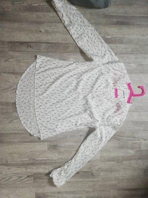 Bluse mit leichtem Ausschnitt