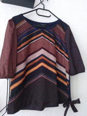 Bluse mit Muster in Größe M