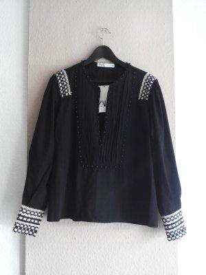 Bluse mit Perlenbesatzt in schwarz, Grösse M, neu