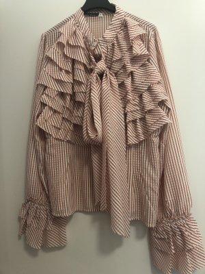 Bluse mit Rüschen und Schluppe