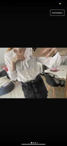 Bluse mit Rüschen weiß