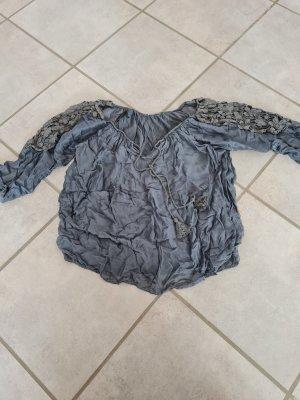 Bluse mit Spitze in M (ungebügelt)