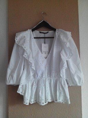 Bluse mit Volants und Lochstickerei aus 100% Baumwolle, Größe S, neu