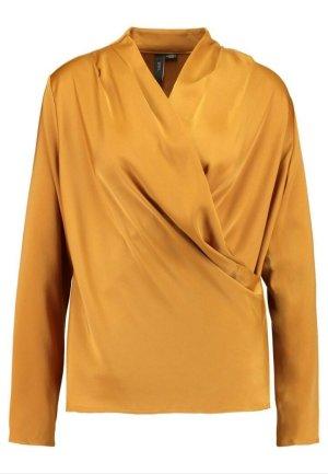 YAS Blusa brillante color oro
